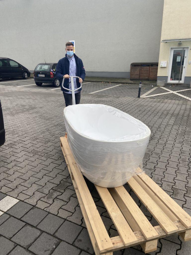 Freistehende Badewanne von Megabad in Bochum